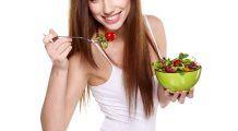 Ai reuşit să ajungi la greutate pe care ţi-o doreai? Iată cinci schimbări simple pe care să le faci ca să nu te îngraşi la loc