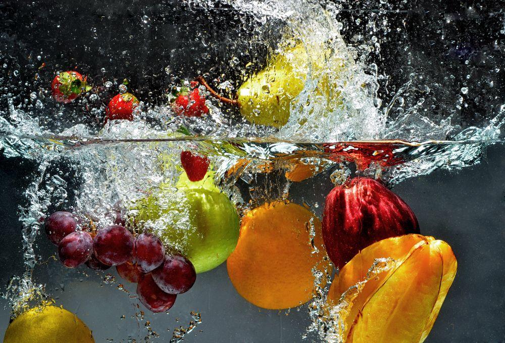 Trei metode prin care se pot scoate chimicalele din fructe şi legume