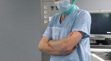 """Monturi, bătături, degete """"în ciocan""""? Un medic român școlit în Franța le operează  după cele mai noi tehnici"""
