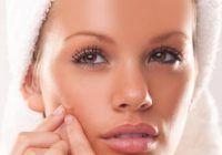 Un medicament banal poate trata cu succes acneea