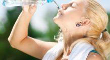 Ce poţi să păţeşti dacă bei prea multă apă?