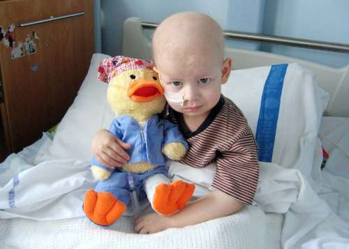 Cancerul la copil: aproape 400 de cazuri, anual, în România