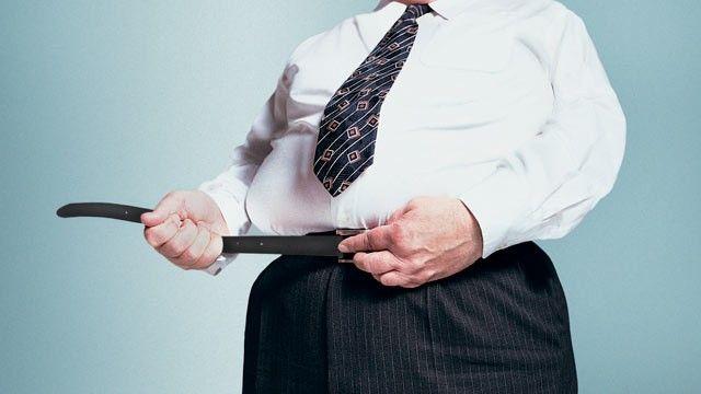 Un accesoriu pe care îl poartă majoritatea bărbaţilor creşte riscul de cancer la gât