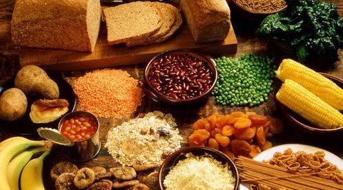 Fibrele alimentare vă feresc de boli grave. Iată în ce alimente se găsesc din plin