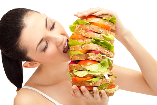 Cum vă puteți reduce pofta de mâncare