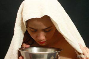 5 remedii naturale dacă îți curge nasul