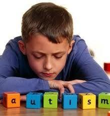 Colegiul Psihologilor cere decontarea serviciilor de recuperare pentru copiii cu autism