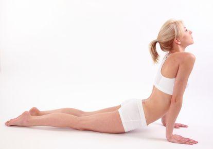 Ce exerciții să faci ca să nu te doară spatele