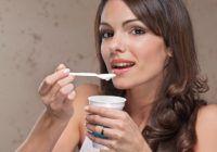 De ce nu e indicat să aruncați zerul din iaurt și să fierbeți brocoli
