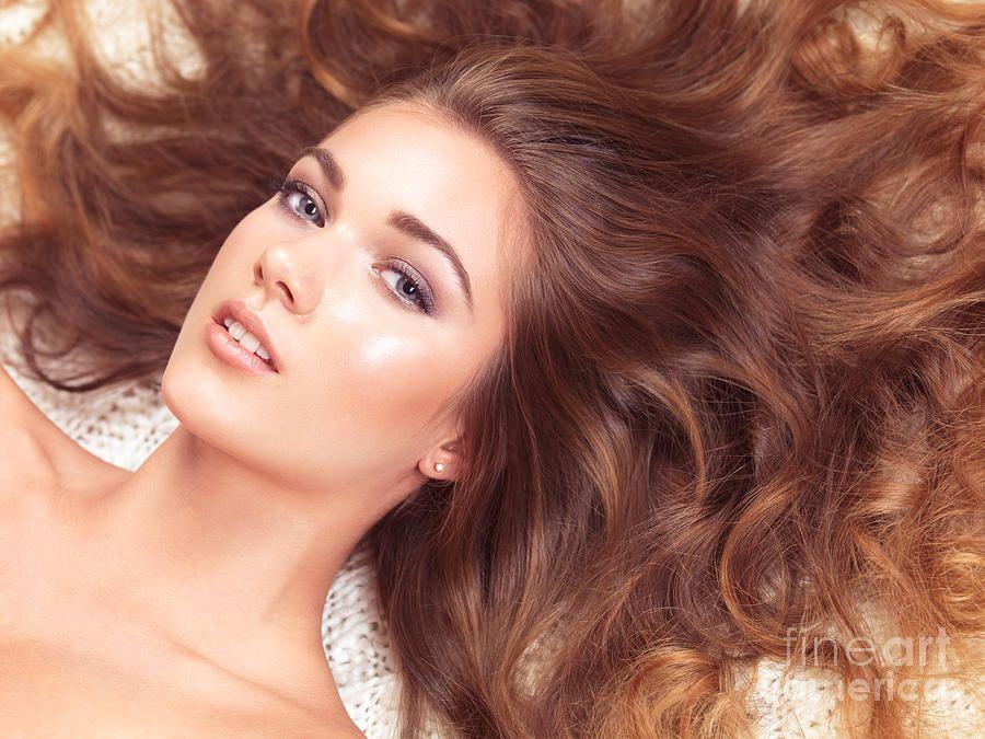 Trucuri ca să îți crească părul mai repede
