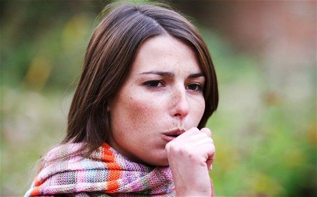 Cinci trucuri la îndemână ca să scăpați de tuse