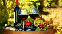 De ce este bine sa bem vin rosu