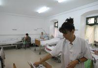 Câți români preferă să-și facă asigurări medicale private