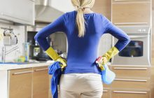 Cum trebuie curățată și dezinfectată casa pentru a scăpa de toate bacteriile periculoase