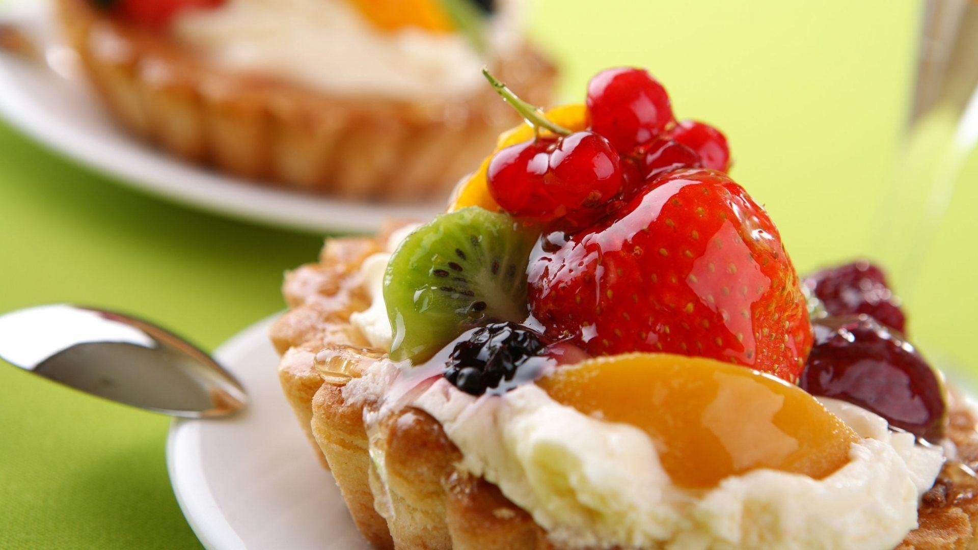Tartele, plăcinta cu mere ori cea cu vişine fac parte din categoria dulciurilor mai puţin nocive
