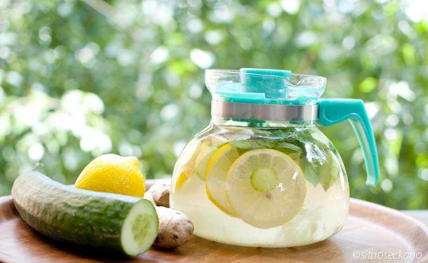 Sassy Water, băutura care te ajută să obții un abdomen plat și să slăbești aproape 7 kilograme într-o lună