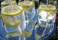 Bei apă cu lămâie? Iată ce riști să pățești
