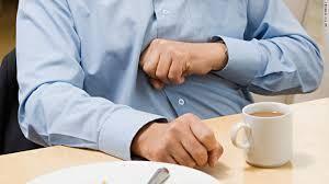 Ce sa mananci si sa bei dupa mesele copioase de sarbatori ca sa te simti mai bine