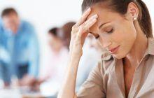 Cinci cauze pentru care apar durerile de cap. În ce situații pot anunța tumori la creier