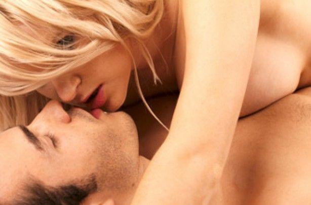 Ce pot face femeile pentru orgasme mai intense