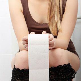 Mergi de multe ori la baie? Iată ce boli cauzează urinarea frecventă
