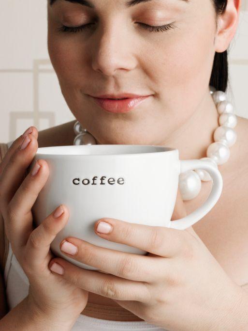 Cât de mult întârzie somnul o cafea băută seara