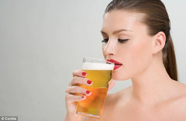 Motive testate pentru care să incluzi berea în meniul zilnic