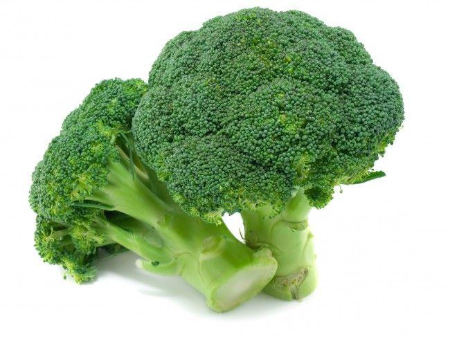 Broccoli previne cancerul și osteoporoza. Cum să îl gătiți pentru a beneficia de toate proprietățile sale uimitoare