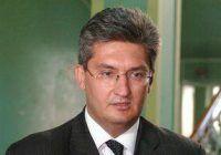 Șeful Agenţiei Naţionale a Medicamentului a fost demis pentru că a dezinformat. Vaccinul antigripal de la Cantacuzino nu era contaminat