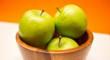 De ce e indicat să mâncați merele cu coajă