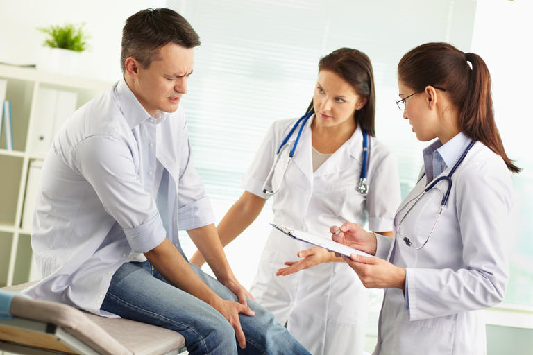 Ce servicii medicale poţi primi gratuit în România, indiferent dacă eşti sau nu asigurat