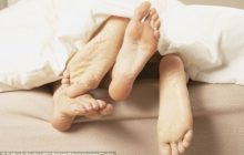 Două boli cu transmitere sexuală pe care le poți lua chiar dacă folosești prezervativul