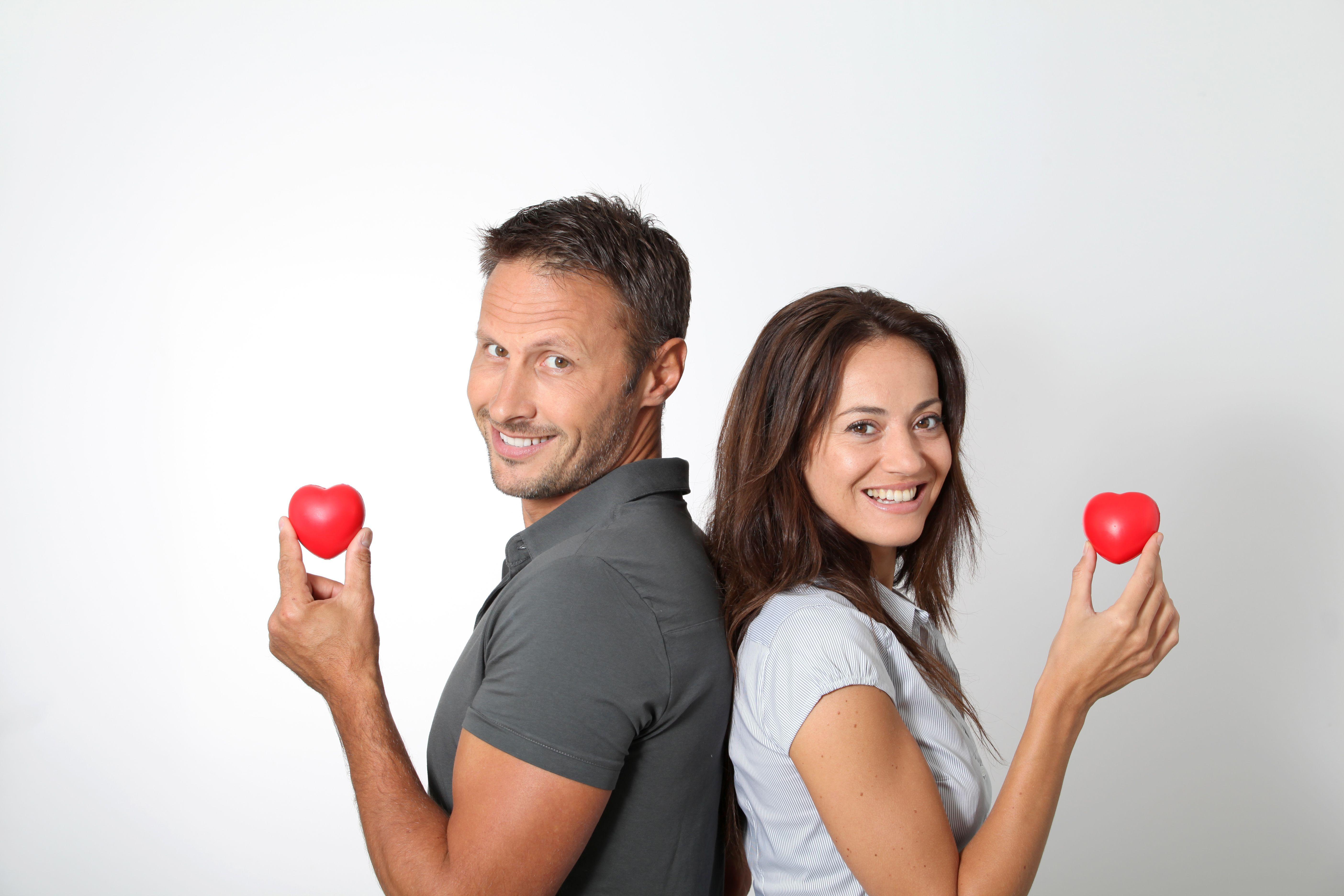 Cât  de solidă este relația ta de cuplu?  Ce te întreabă oamenii de știință, ce le răspunzi tu