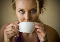 Ce se întâmplă dacă bei cafeaua și fumezi pe stomacul gol