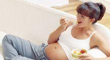 Cinci vitamine de care au nevoie toate femeile însărcinate și alimentele în care se găsesc
