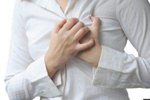Durerea in zona inimii, primul semn al acestei boli grave, pe care doar cardiologul o poate diagnostica si trata