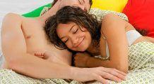 Te ajută sexul să dormi mai bine?