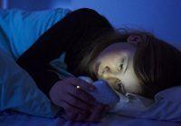De ce n-ar trebui să-ți ții niciodată telefonul mobil în dormitor