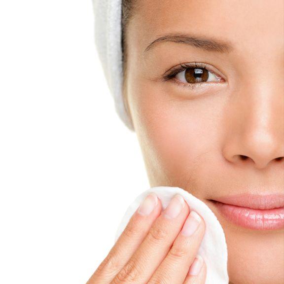 Cele 6 reguli pentru îngrijirea tenului de la dermatolog