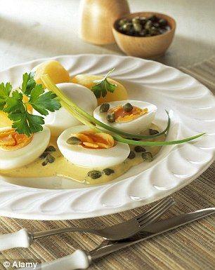 Cu gălbenuș sau fără? Cum recomandă medicii să mâncați ouăle