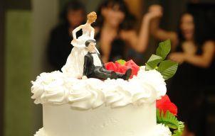 "5 raspunsuri istete ca sa inchizi gura celor care te intreaba ""Tu cand te mariti?"""