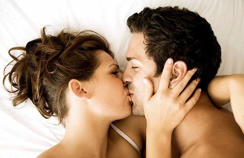 TOP 10 lucruri pe care nu le știai despre sărut