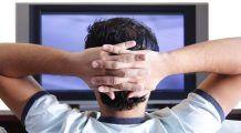 Te uiți cel puțin trei ore pe zi la televizor? Iată ce riști să pățești