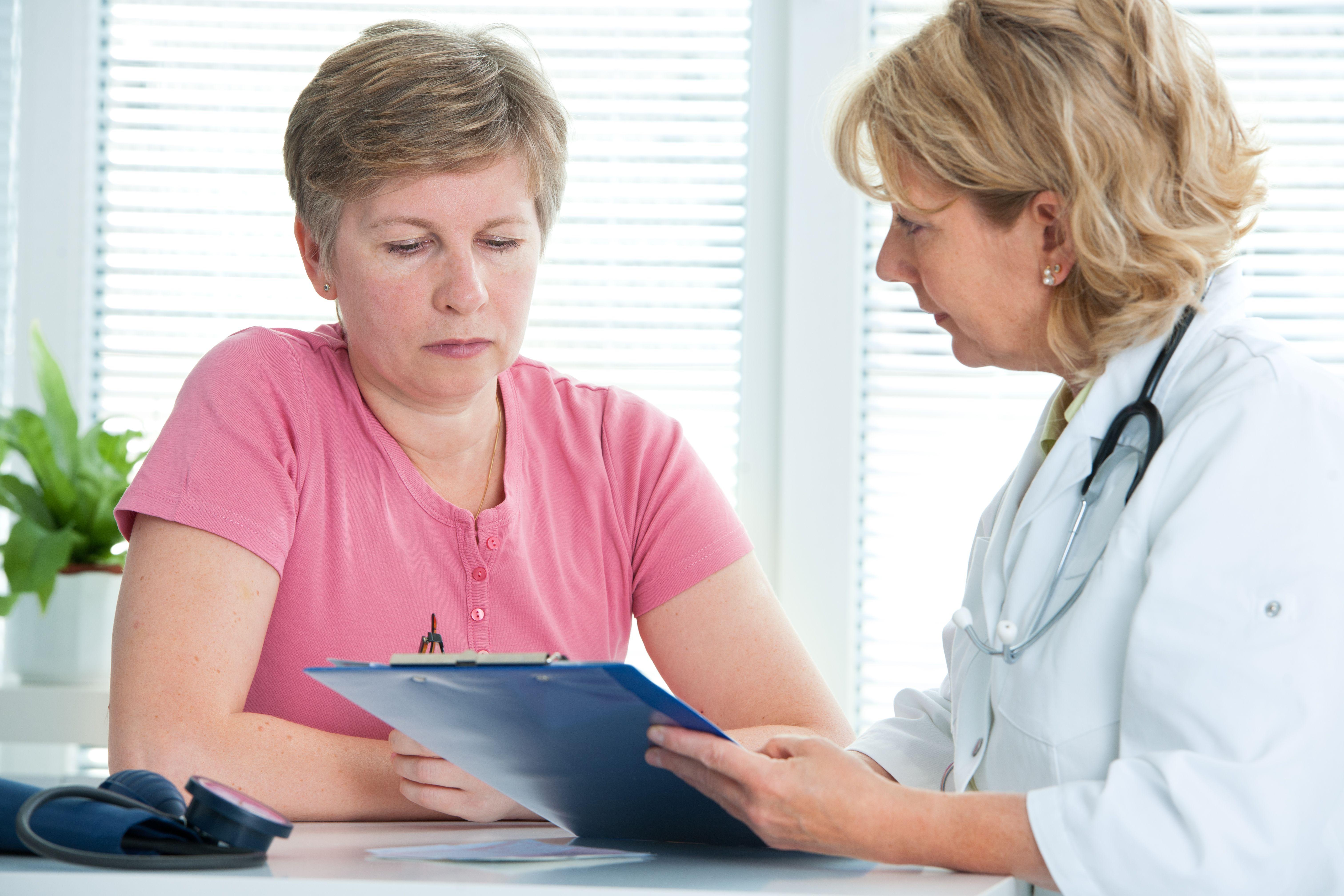 În luna conștientizării cancerului mamar, reprezentanţii CNAS trag semnalul de ALARMĂ: Cancerul de sân poate fi vindecat doar dacă este descoperit într-un stadiu incipient