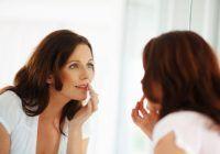 Alimentele care să nu lipsească din meniul femeilor trecute de 40 de ani. Compensează pierderile de estrogen, reglare hormonală naturală