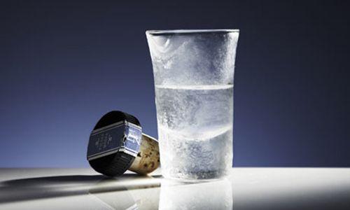 Tratamente de infrumusetare si igiena pe baza de vodca