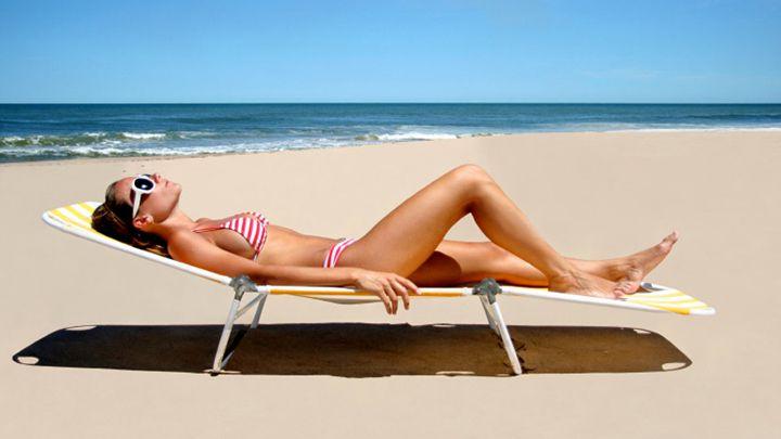 Cum sa iti pregatesti pielea pentru plaja. Cele mai bune metode ca sa nu te imbolnavesti