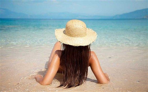 """Această afecțiune a tiroidei se agravează dacă mergi la plajă. Endocrinolog: """"Marea provoacă o excitare crescută la care organismul nu se poate adapta"""""""