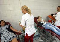 Ce condiții trebuie să îndepliniți și care e procedura pentru a dona sânge sau piele pentru răniții din club Colectiv?