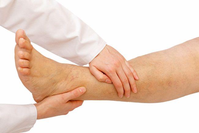 Picioare reci sau umflate. Iată ce boli grave anunță aceste semne banale